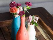 Glasflaschen mit Chalk Paint gestalten