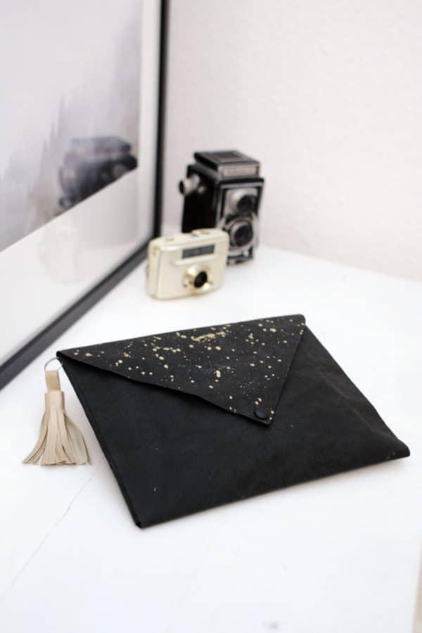 Stilsicher unterwegs: Clutch / Wickeltasche aus Snappap