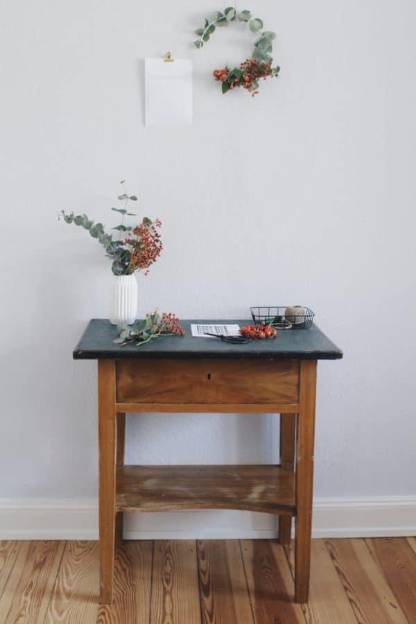 Herbstkranz aus Hagebutte und Eukalyptus (plus Freebie)
