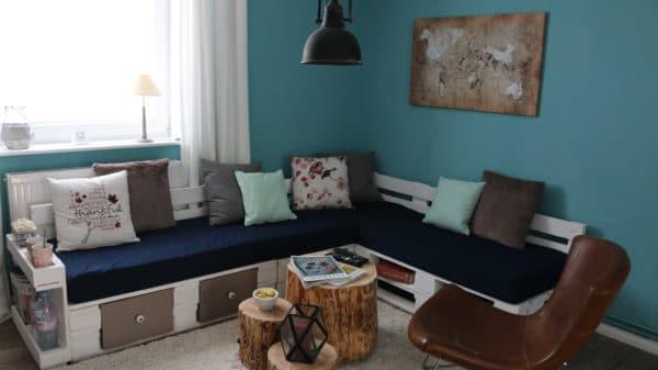 Sofa aus europaletten mit vielen extras handmade kultur for Couch aus europaletten