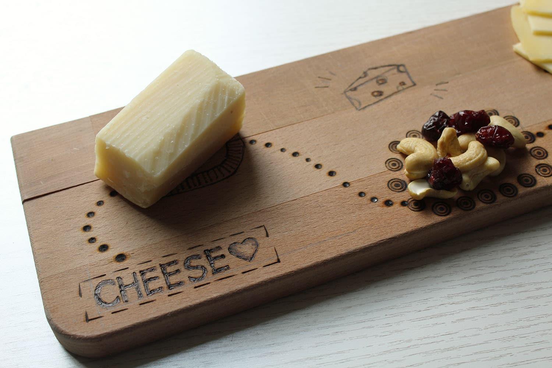 käsebrett gestalten mit holzbrenner - handmade kultur