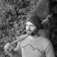 Strickpullover mit eingestickter Bergsilhouette