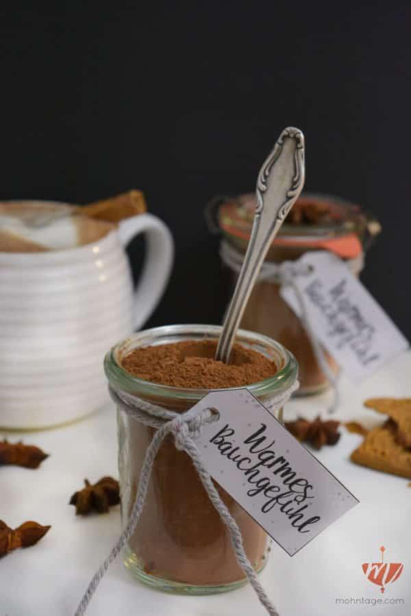 diy-weihnachts-gewuerzmischung-fuer-heic39fe-vegane-schokolade-rezept-und-etikett-als-freebie-zum-download-mohntage-2
