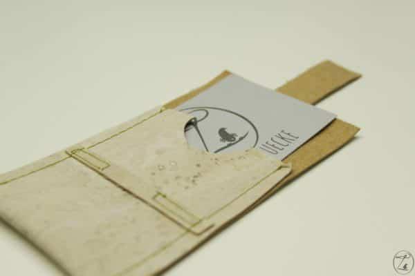 Visitenkartenhülle aus Kork