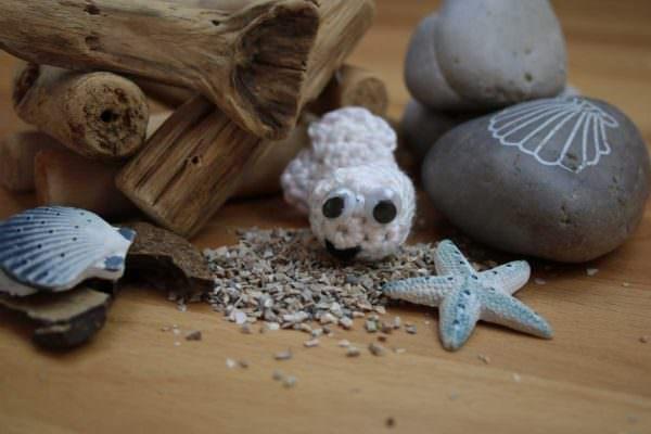 Kostenlose Häkelanleitung: Kleiner weißer Hai Nemo