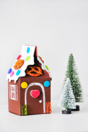 """DIY Lebkuchenhaus aus Fotokarton - eine """"zuckersüße"""" Geschenkverpackung ;-)"""