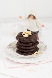 """""""Vegane Schokoladenkekse mit Mandeln und Nougat!"""""""