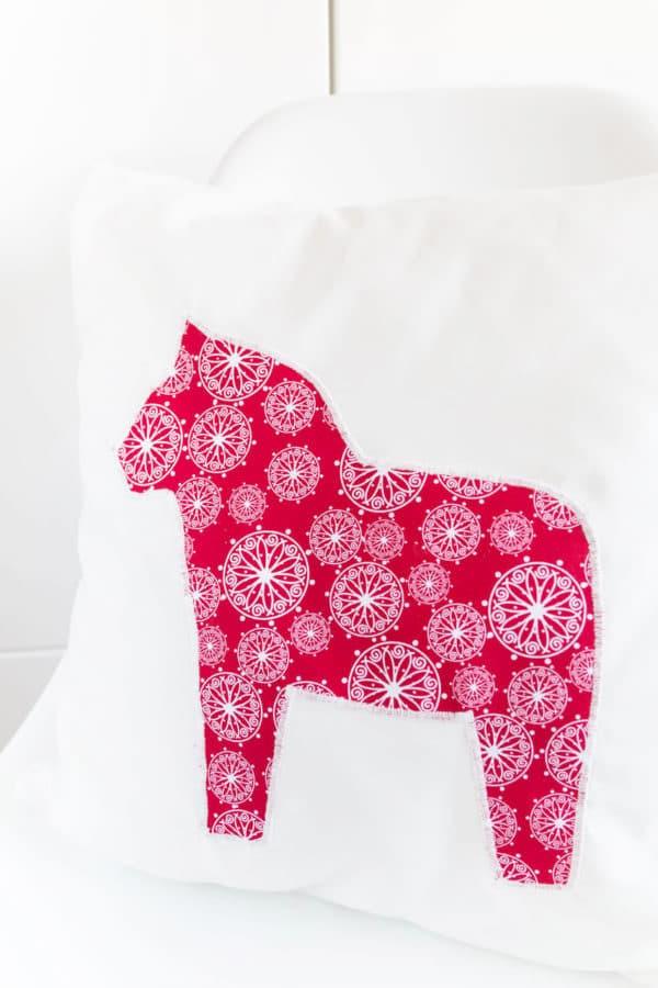 Kissen mit Dalarna Pferd nähen - HANDMADE Kultur