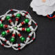 Wie man Weihnachtshängende mit Perlen herstellt