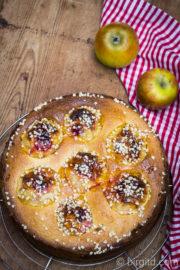 Bratapfelkuchen - eine fruchtige Winterköstlichkeit [Birgit D]