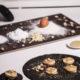 Pistazienmouss auf lecken Biscuits mit Karamell