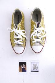 Glitzer-Sneaker ganz einfach selber machen