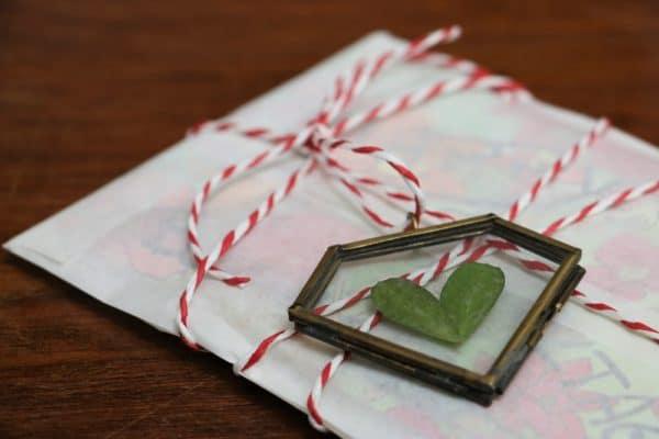 Gutscheinverpackung mit Herz – 5 alternative Verpackungsideen