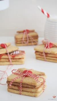 Süße Liebesbriefe Zum Valentinstag | Pinata Cookies Mit Versteckter  Botschaft | Mohntage