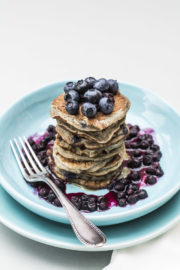 January Mornings – Gesundes Soulfood im Winter: Blaubeer-Bananen Pancakes
