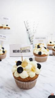 Vanille Konfetti Cupcakes mit Cupcake Toppern zum Ausdrucken ... ready, steady, throw! | Mohntage