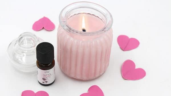 Anti-Stress-Kerze mit Rose und Lavendel selbst machen