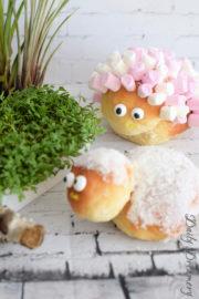 freches Osterlamm aus Hefeteig – perfekt für den Osterbrunch