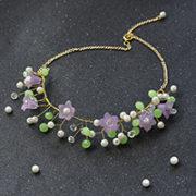 eine Blumen Halskette selber machen mit Perlen