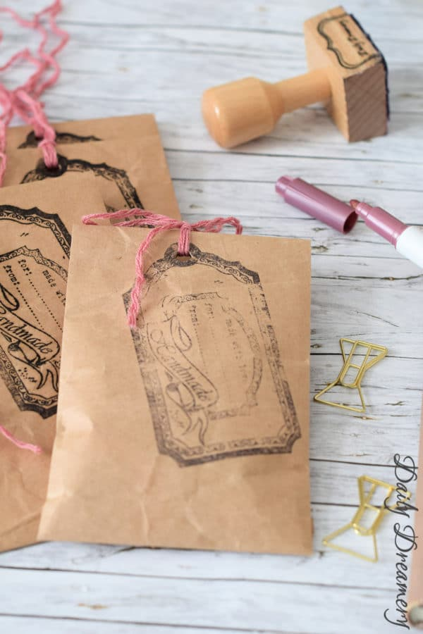 Geschenktüten für Schmuck – Upcycling aus Packpapier