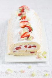 """""""Erdbeer Biskuitrolle & Happy Muttertag!"""""""