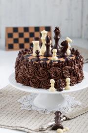 """""""Schokoladen-Schachbrett-Torte!"""" [Spitzname: Schachertorte]"""