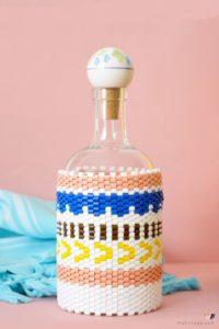 DIY Flaschenbezug aus Bügelperlen im Peyote Stitch