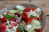 Erdbeeren Gurkensalat mit Feta