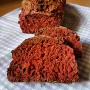 Rote-Beete-Minz Brot