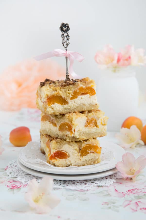 """""""Aprikosenkuchen mit Nussbutter Streusel!"""" [Sommer Pur]"""