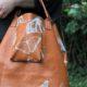 DIY Leder-Shopper mit Schmetterlingsdruck