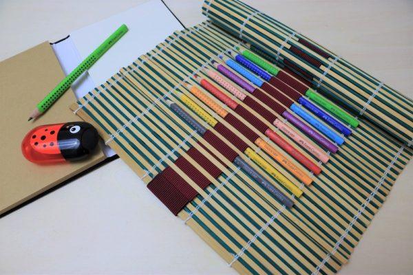 DO-WHAT? Wie du Kreativität förderst & eine DIY Bambusmatten-Stifte-Aufbewahrung