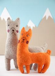 Kuscheliges DIY Lama - mit kostenlosem Schnittmuster