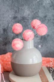 kugelige Deko-Blumen aus Filz – fröhliche Farbtupfer für dein Zuhause