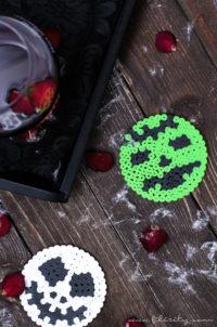 Bügelperlen-Glasuntersetzer für Halloween