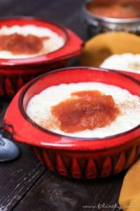 Türkischer Milchreis (Sütlaç) mit Kürbis-Pflaumen-Kompott