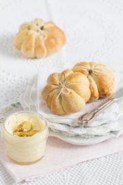 """""""Kürbis Brötchen mit Ingwer Butter!"""" [Halloween Frühstück mal nicht gruselig;]"""