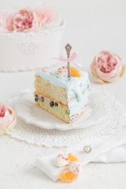 """""""Cranberry-Biskuit-Torte gefüllt mit Zimt-Joghurt und Mandarinen!"""""""