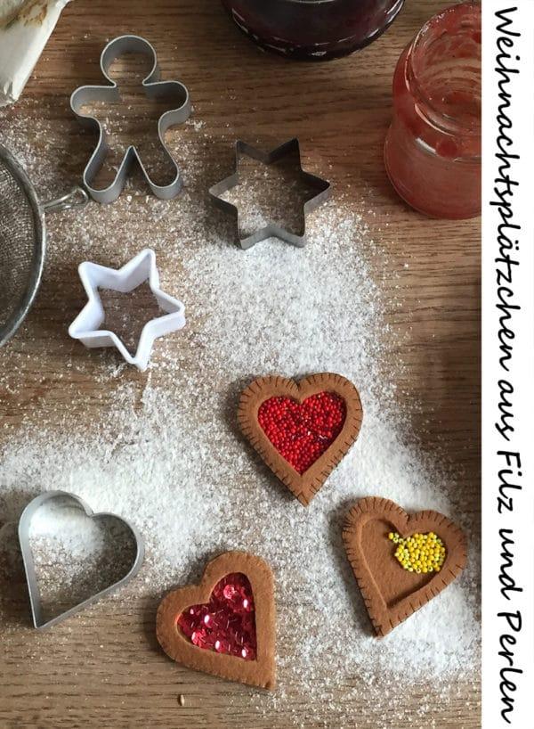 weihnachtspl tzchen aus filz gef llt mit marmelade. Black Bedroom Furniture Sets. Home Design Ideas