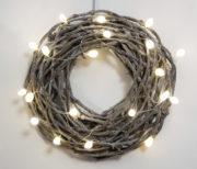 Lichterkette aus Seidenraupenkokons