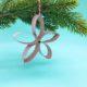 Weihnachtsdeko basteln – Sterne aus Klopapierrollen selber machen