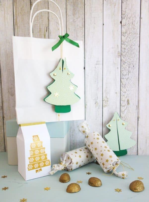 Hampeltannenbaum als Geschenkanhänger