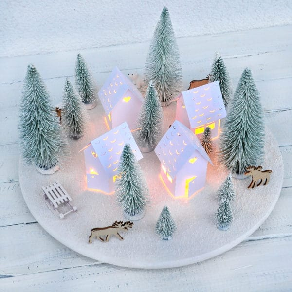 Skandinavisches Weihnachtsdorf - Adventskranz mal anders