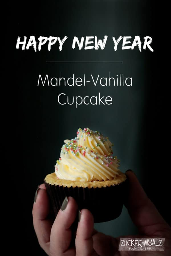 Mandel Vanilla Cupcake