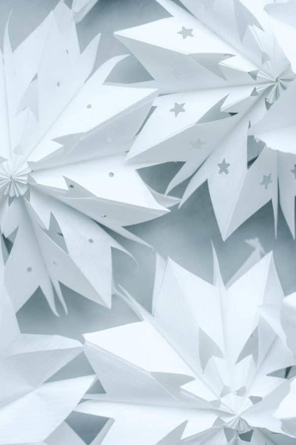 Sterne aus Mini-Tüten