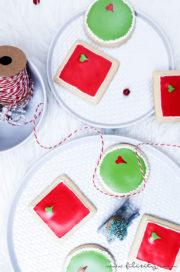 Grinch-Kekse mit Royal Icing – Weihnachtsplätzchen mal anders