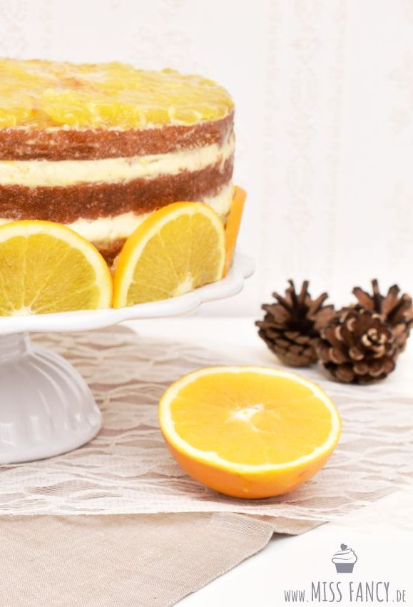 Leckere Weihnachtstorte mit Orangenmarmelade