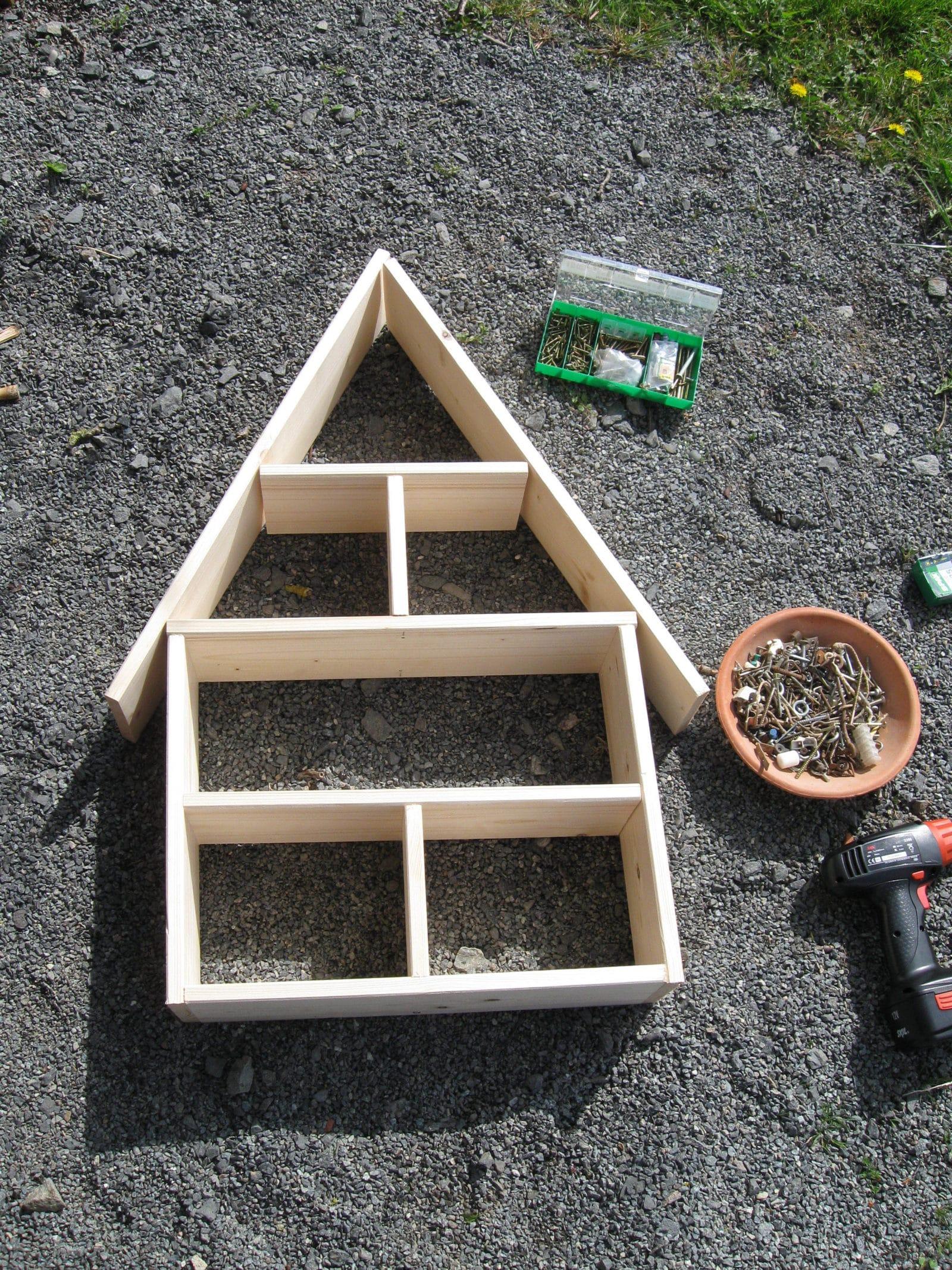 insektenhotel selber bauen handmade kultur. Black Bedroom Furniture Sets. Home Design Ideas