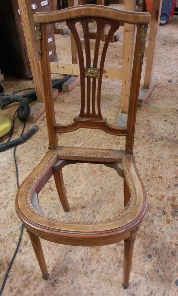 Restauration eines Stuhls