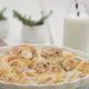 Hefeschnecken mit Marzipan und Mandeln